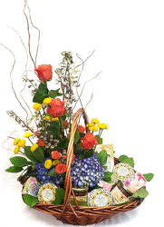 Gourmet Gift Basket from Flowers by Ramon of Lawton, OK